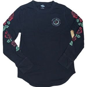 Hollister Unisex Black Long Sleeved T Size Small